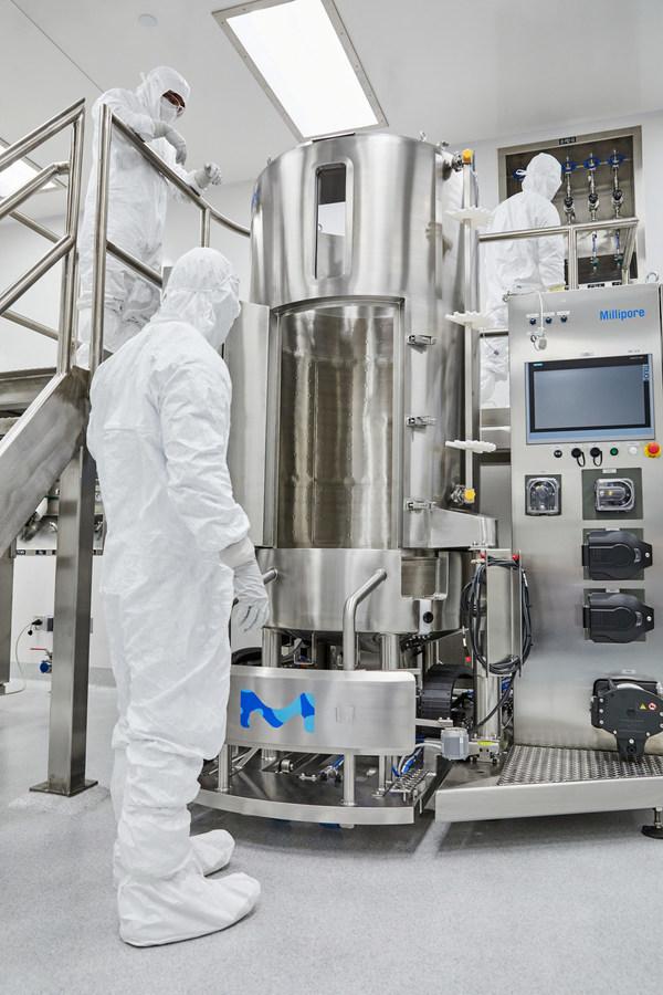 Merck 今天宣佈在加州卡爾斯巴德開設第二家工廠,使公司現有產能增加一倍以上,以支援用於病毒基因療法的大規模商業和工業製造。